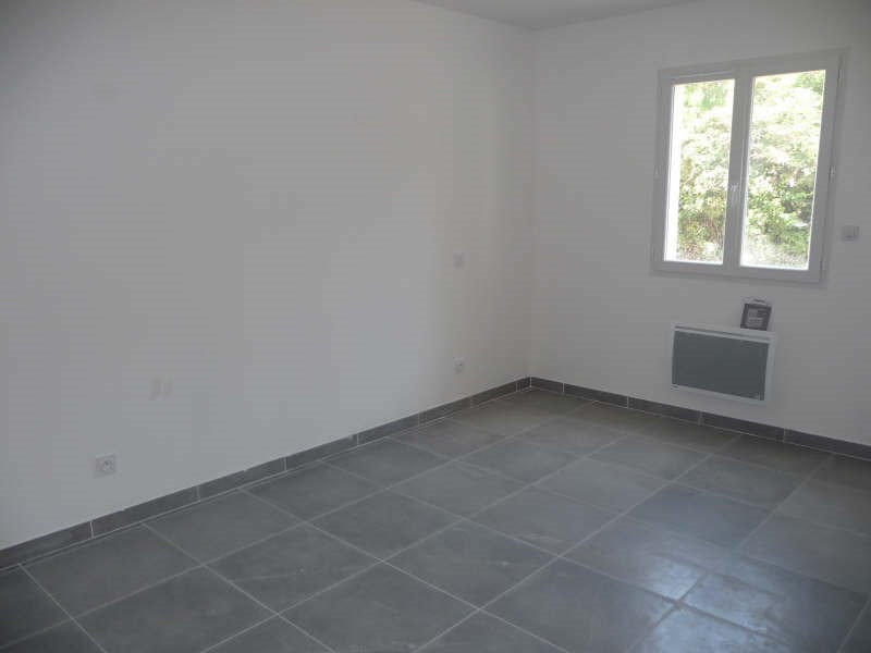 Location appartement Althen des paluds 740€ CC - Photo 3