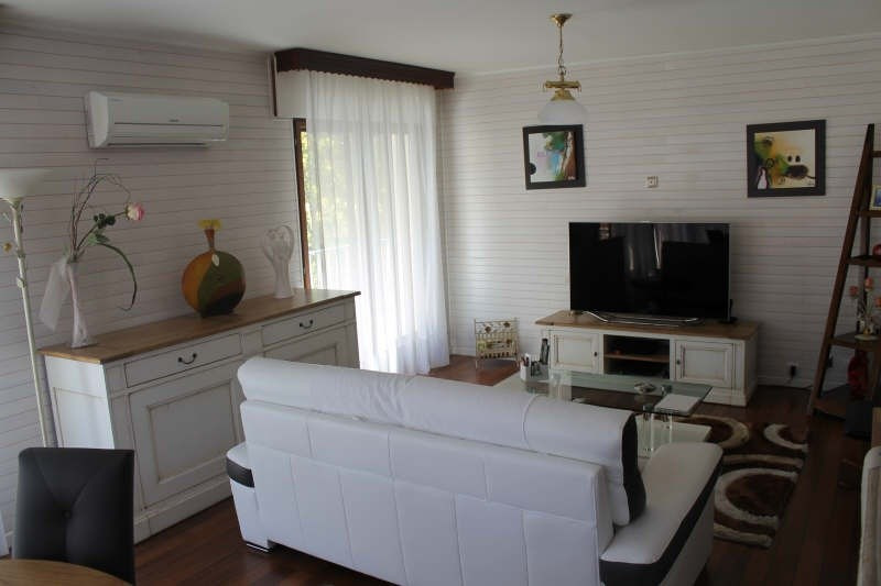 Sale apartment Toulon 208000€ - Picture 1