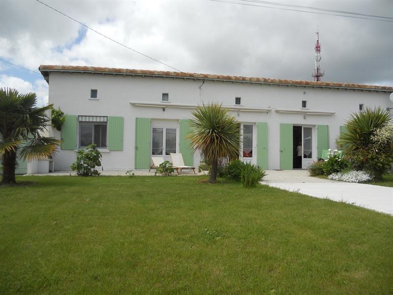 Vacation rental house / villa Vaux-sur-mer 1234€ - Picture 1