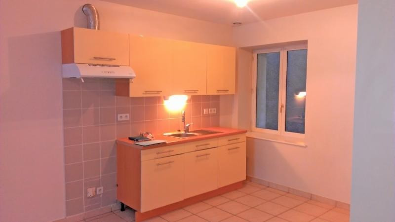 Rental apartment Nantua 491€ CC - Picture 1