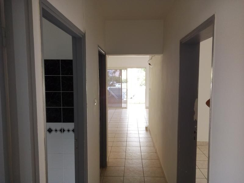 Location local commercial St pierre 3 000€ HT/HC - Photo 11