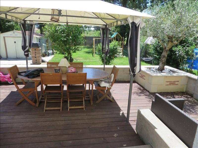 Sale house / villa Menesplet 122000€ - Picture 1