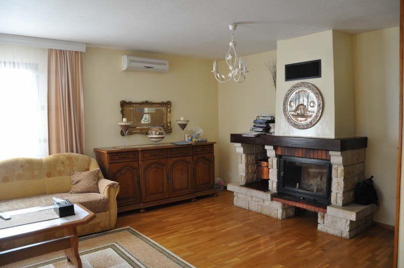 Sale house / villa St maurice l exil 279000€ - Picture 4