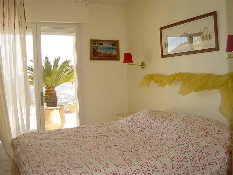 Vacation rental house / villa Cavalaire sur mer 5500€ - Picture 8