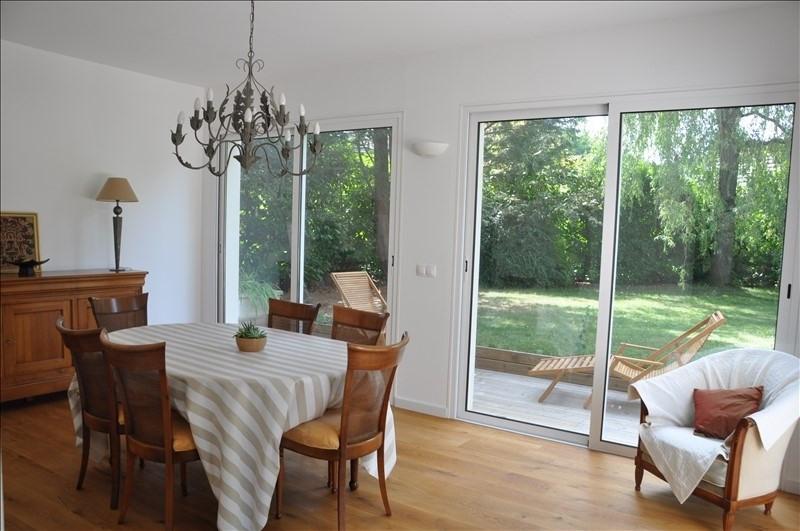 Sale house / villa Feucherolles 990000€ - Picture 2