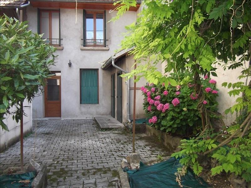 Location maison / villa Yenne centre 700€ CC - Photo 1