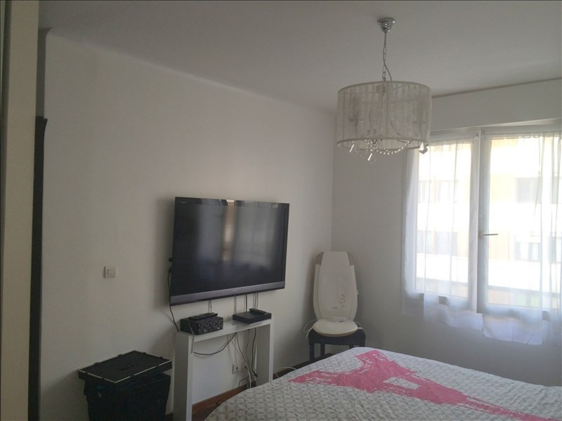 Rental apartment Courbevoie 1 295€ CC - Picture 4