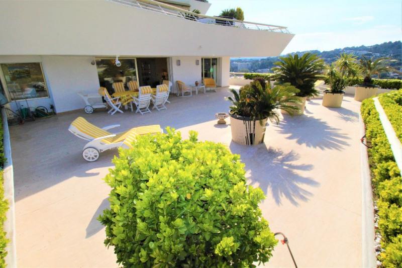Deluxe sale apartment Villeneuve loubet 1250000€ - Picture 1