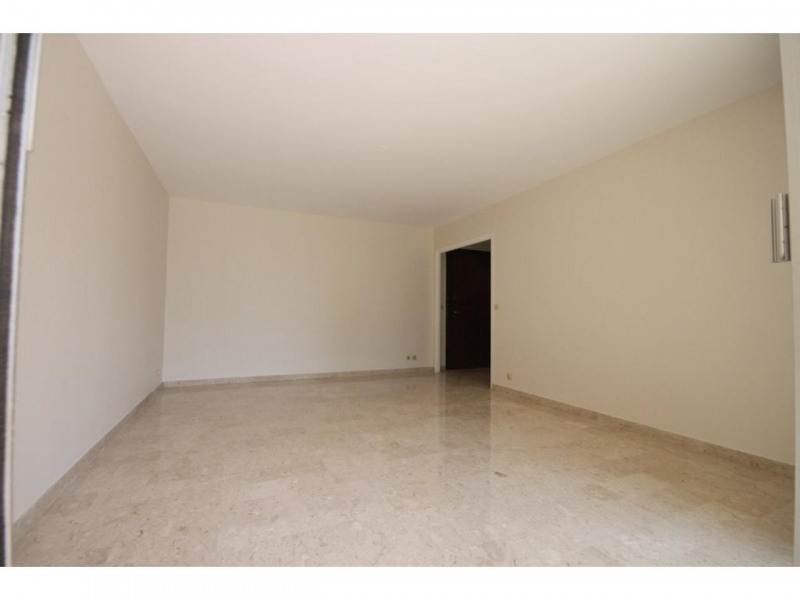 Location appartement Nice 987€ CC - Photo 3