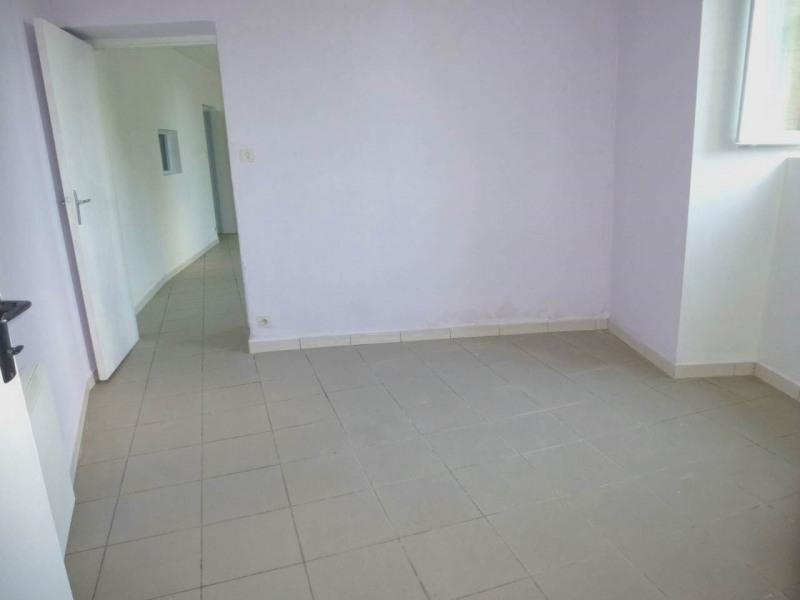 Location appartement Lavilledieu 330€ CC - Photo 11