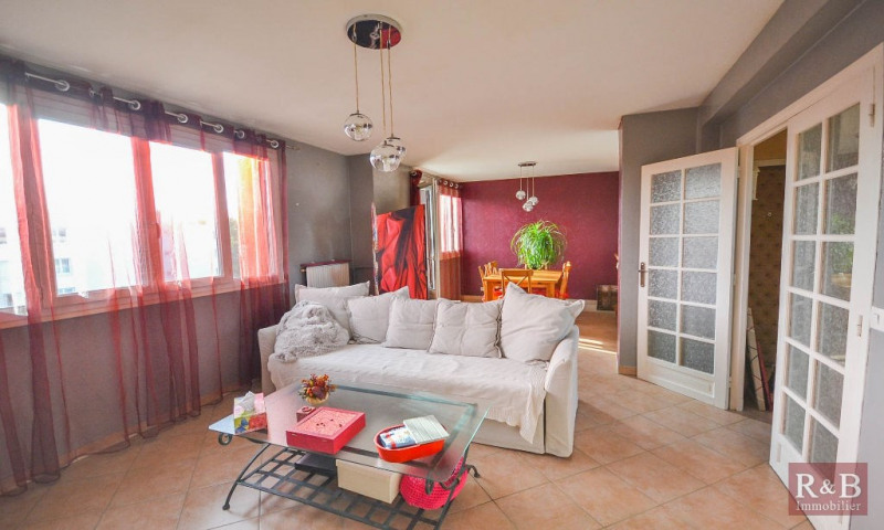 Sale apartment Les clayes sous bois 184000€ - Picture 1