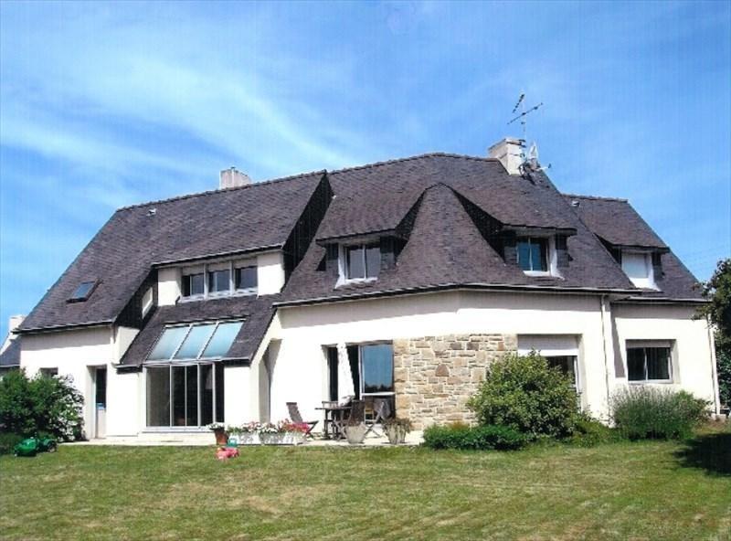 Sale house / villa Plouhinec 332800€ - Picture 1