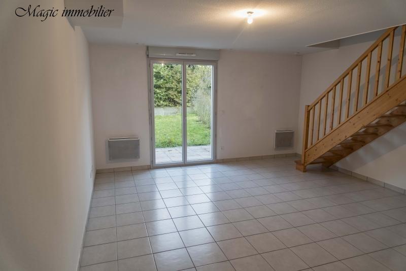 Rental house / villa Belley 614€ CC - Picture 2