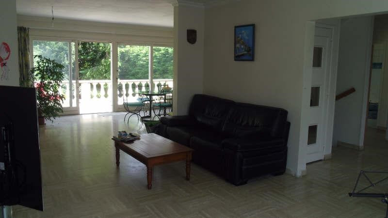 Sale house / villa Pontault combault 395000€ - Picture 3