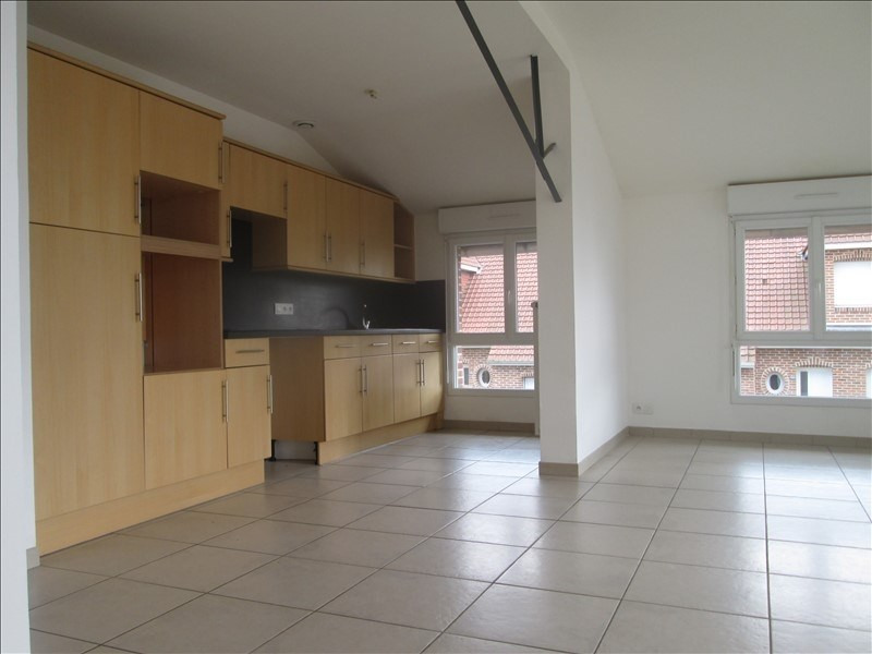 Rental apartment Lestrem 710€ CC - Picture 1