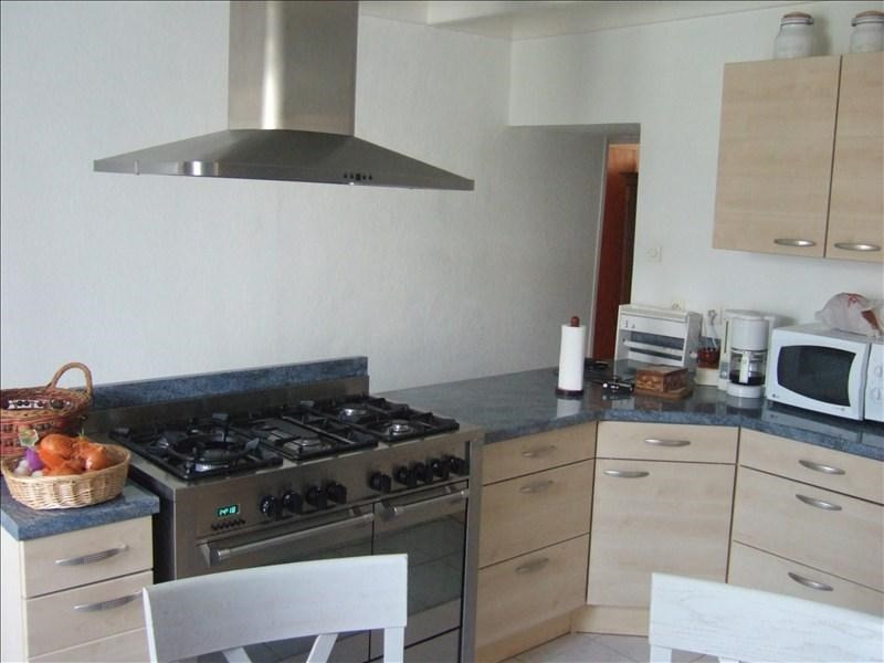 Sale house / villa Aulnay 89900€ - Picture 4