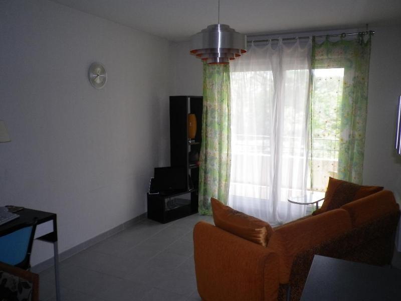 Location appartement Aix en provence 691€ CC - Photo 4