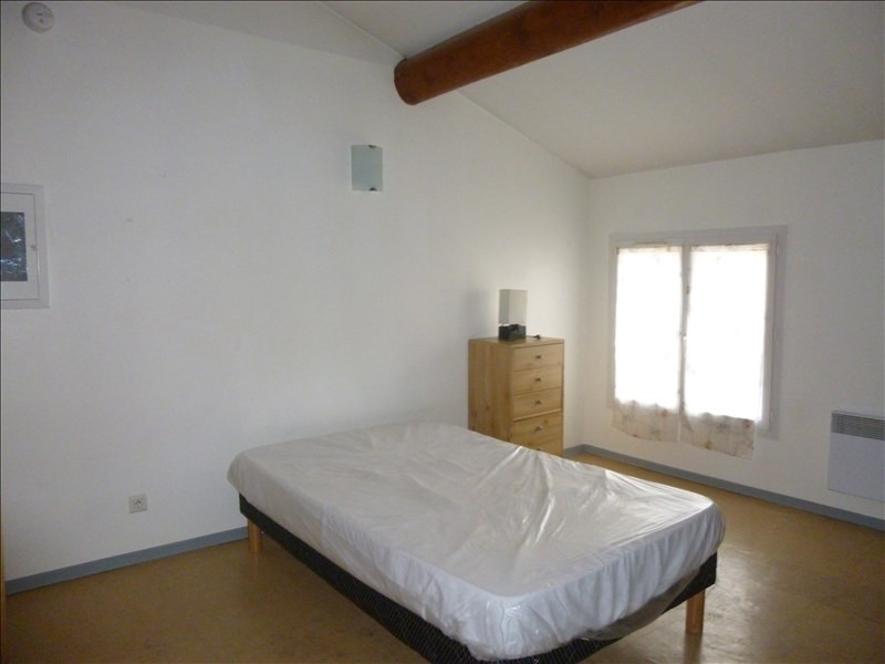 Rental apartment Manosque 350€ CC - Picture 1