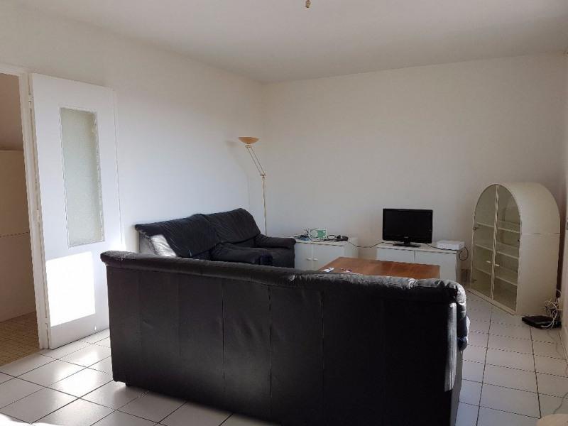 Sale apartment Cholet 55900€ - Picture 3