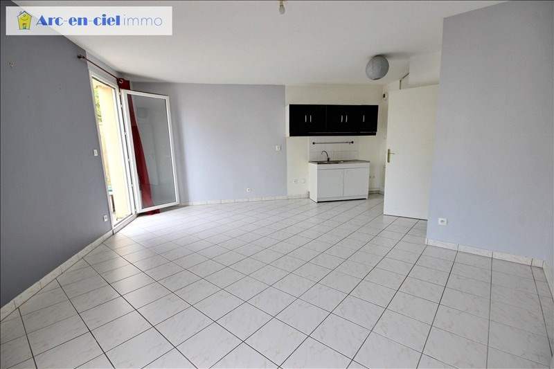 Sale apartment Montigny les cormeilles 159 500€ - Picture 2