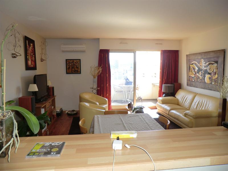 Sale apartment Toulon 230 000€ - Picture 3