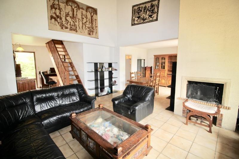 Sale house / villa Escalquens 319900€ - Picture 2