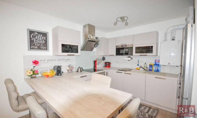 Sale apartment Les clayes sous bois 313950€ - Picture 3