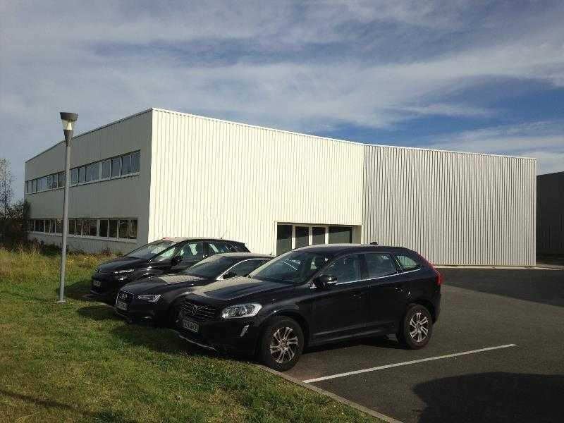 Location Local d'activités / Entrepôt Le Haillan 0