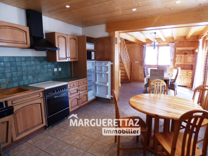 Sale house / villa Taninges 315 000€ - Picture 4