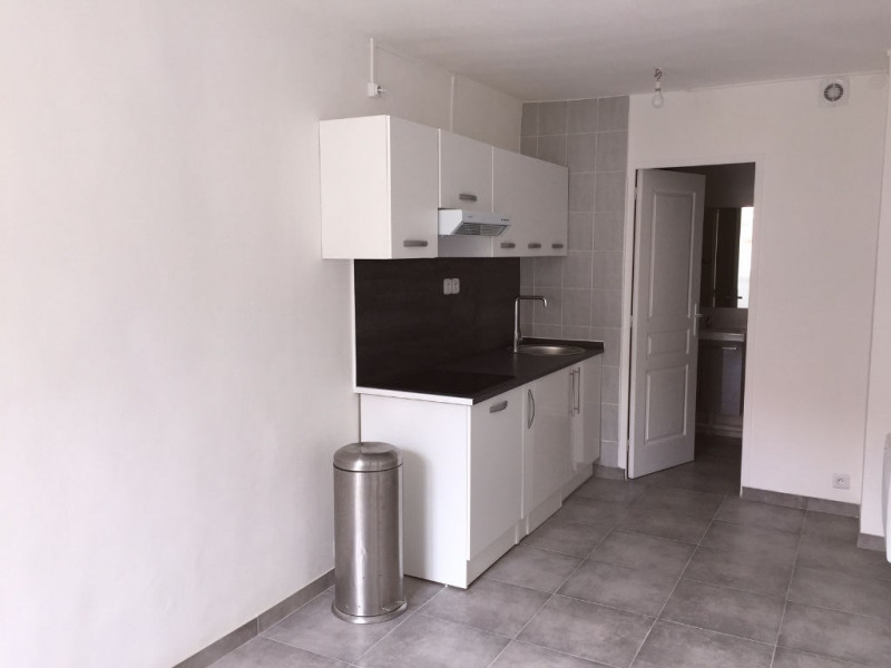 Rental apartment Champlan 595€ CC - Picture 1