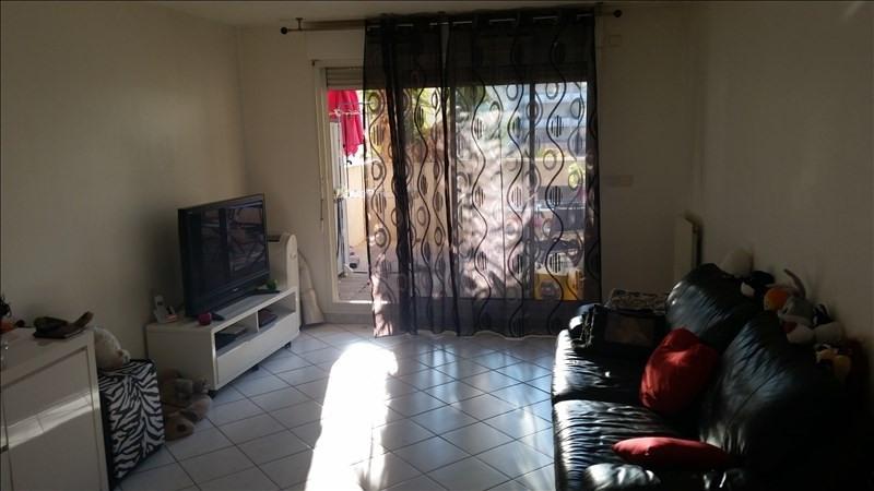 Sale apartment Aubagne 296000€ - Picture 3