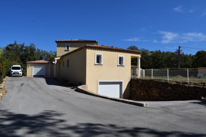 Vente de prestige maison / villa Bagnols-en-forêt 598000€ - Photo 5