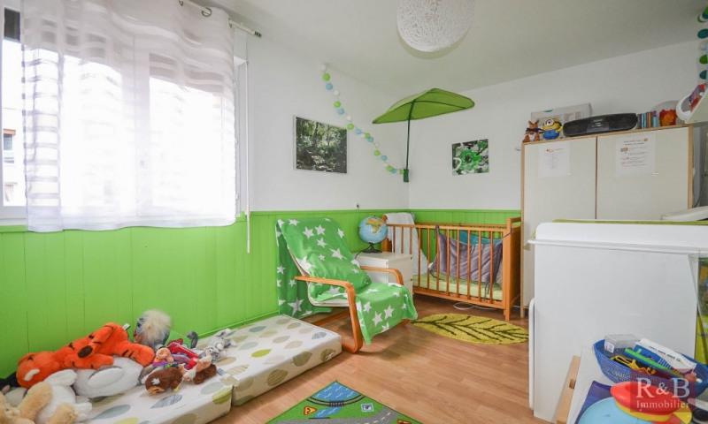Sale apartment Plaisir 210000€ - Picture 7