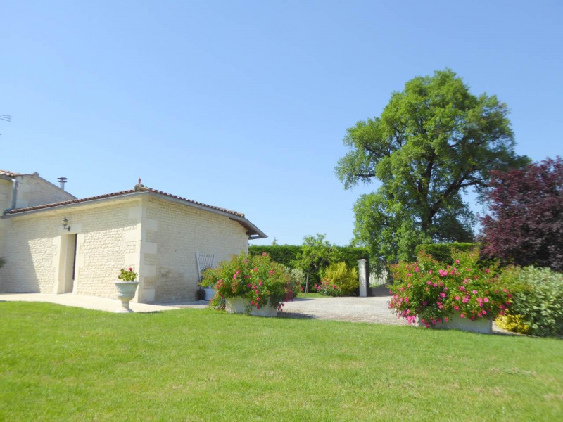 Vente maison / villa Jarnac-champagne 379800€ - Photo 22