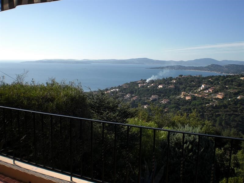 Vacation rental house / villa Les issambres 660€ - Picture 2