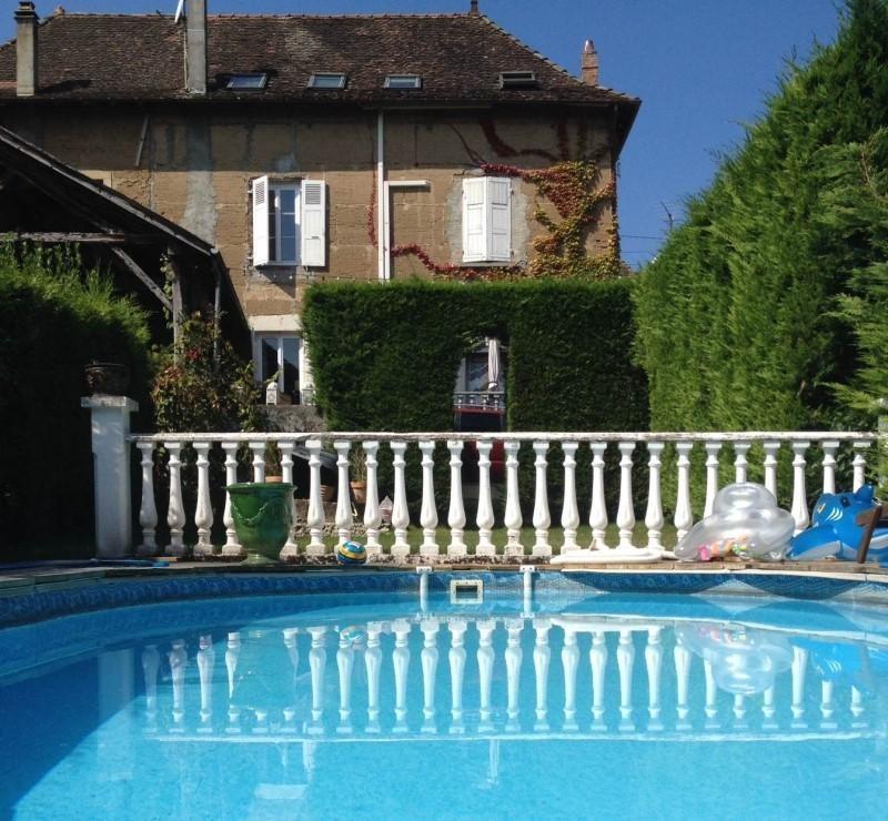 Vente maison / villa La tour du pin 180000€ - Photo 1