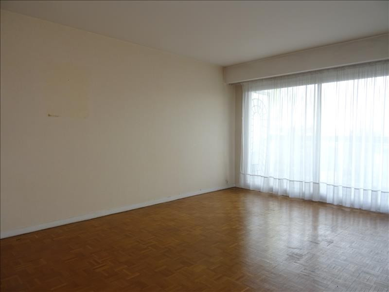 Location appartement Marly le roi 1 175€ CC - Photo 1