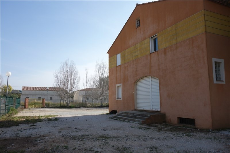 Location local commercial La londe les maures 3 000€ +CH/ HT - Photo 4