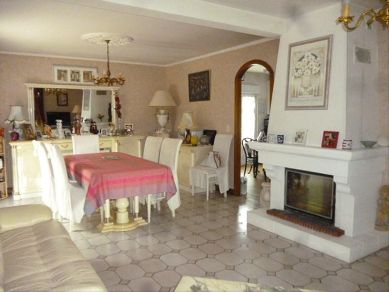 Vente maison / villa Chateau renault 204000€ - Photo 2