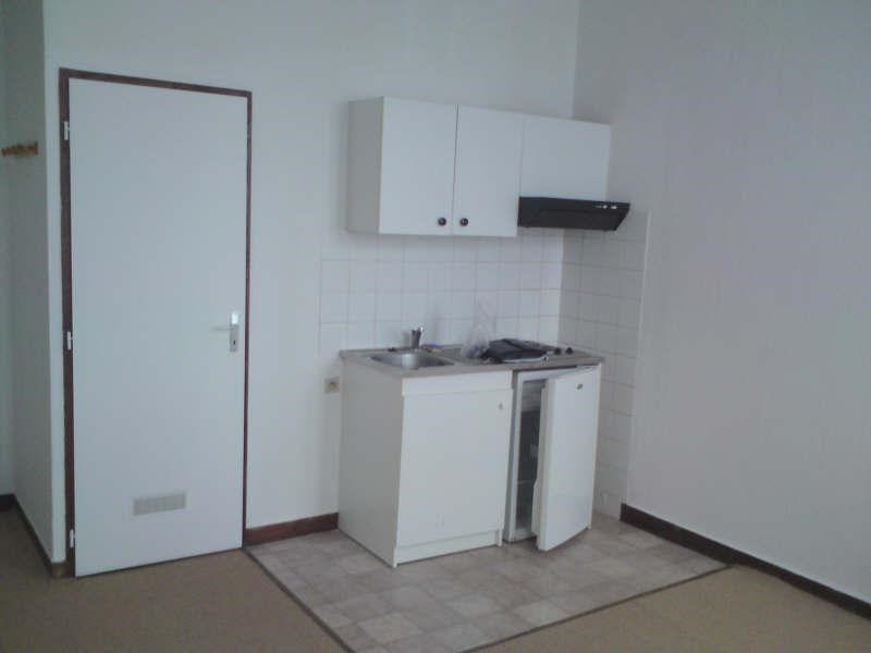 Rental apartment Angouleme 265€ CC - Picture 2