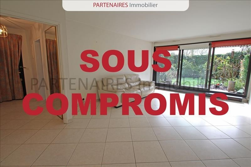 Sale apartment Rocquencourt 295 000€ - Picture 1