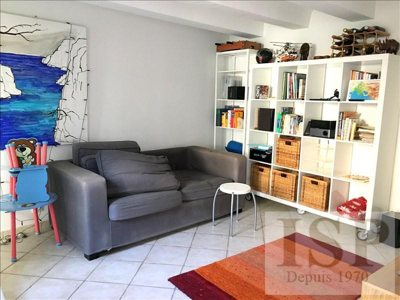 Rental house / villa Les milles 1 229€ CC - Picture 2