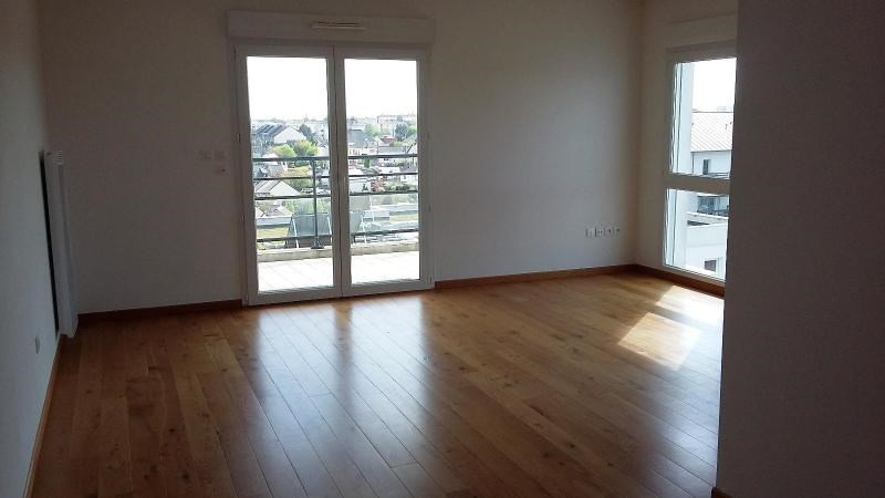 Location appartement Angers 827€ CC - Photo 3