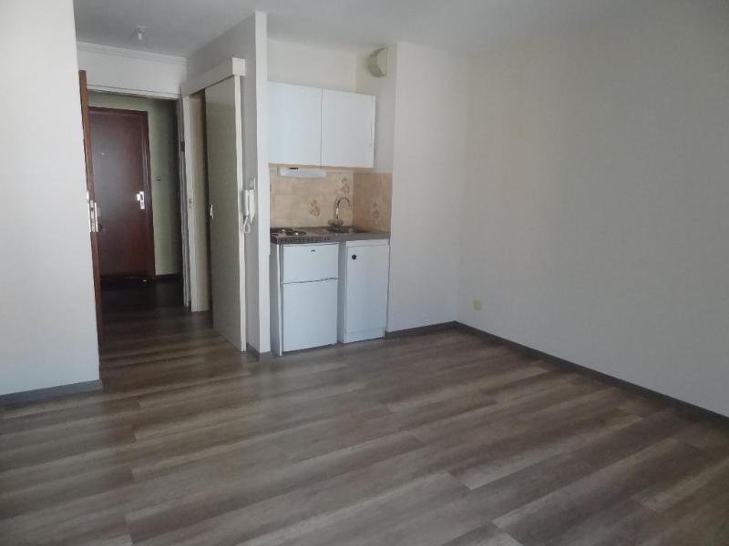 Location appartement Illkirch-graffenstaden 350€ CC - Photo 2
