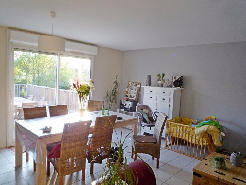 Sale house / villa Foulayronnes 254000€ - Picture 4