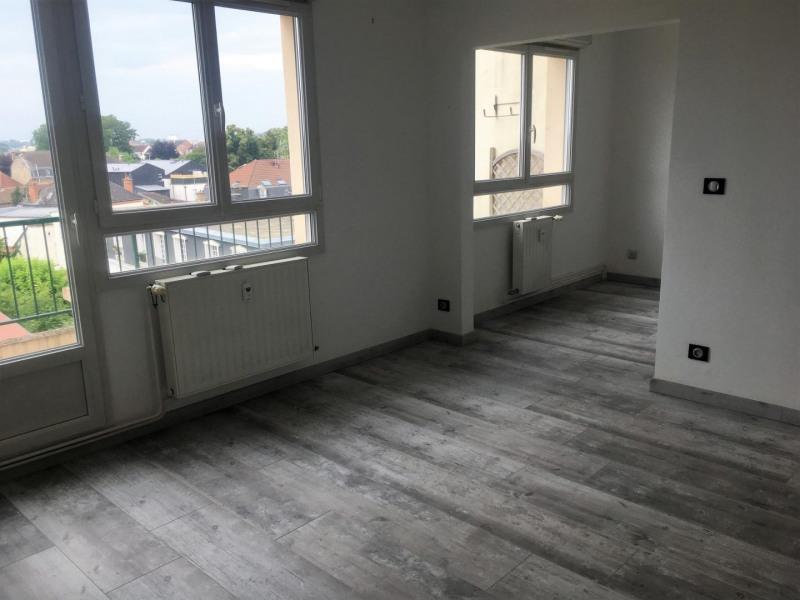 Sale apartment Châlons-en-champagne 138800€ - Picture 2