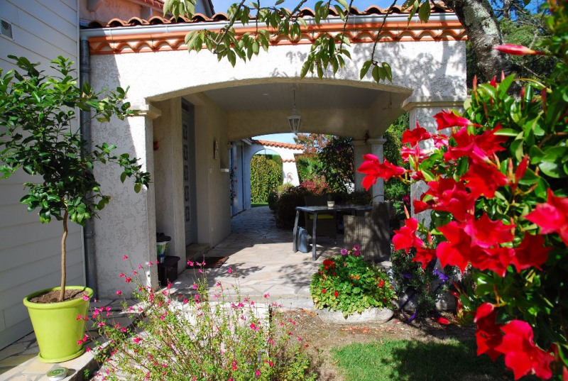 Deluxe sale house / villa Saujon 635 000€ - Picture 12