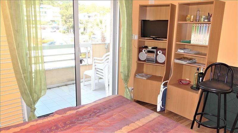 Produit d'investissement appartement Cavalaire sur mer 110000€ - Photo 3