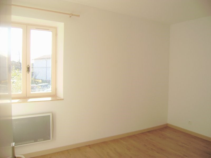 Rental apartment Craponne 690€ CC - Picture 8
