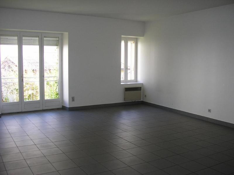 Location appartement Nantua 600€ +CH - Photo 1